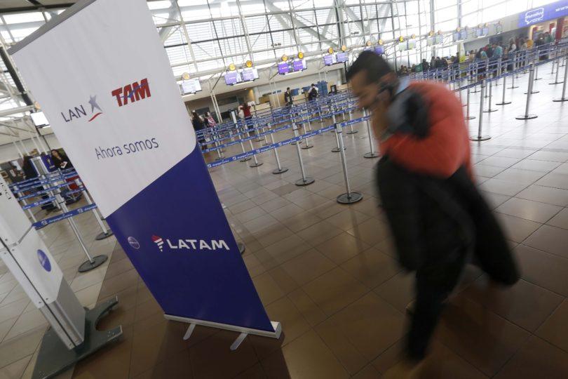 El inédito caso que terminó con Latam condenada a pagar a pasajero al que se le negó viaje de vuelta