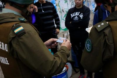 Chile Vamos logra que Comisión de Seguridad apruebe control de identidad a menores de 16 años