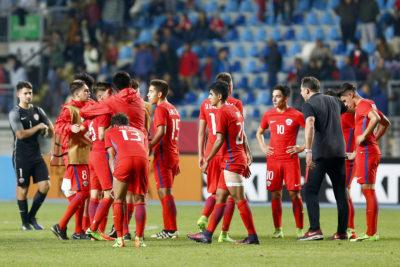 """""""Afuera de 2 mundiales en 5 días"""": en Perú se siguen burlando de Chile con este artículo"""
