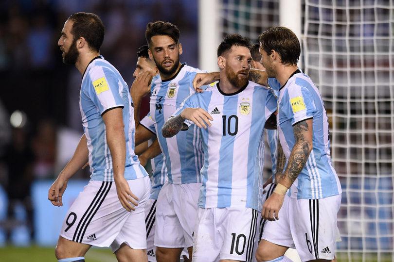 PORTADAS | Olé le dedica portada mala leche a Chile en celebración por clasificación Argentina