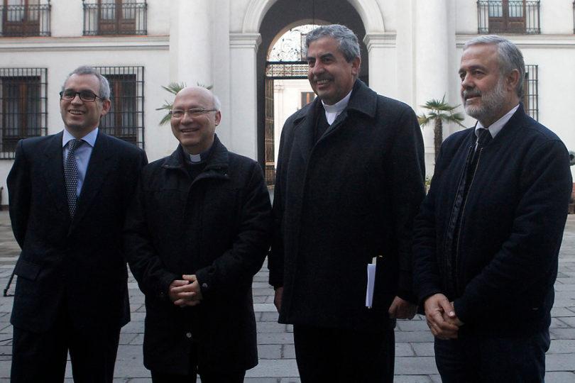 Benito Baranda defiende millonario costo de visita del Papa y lo compara con Copa América