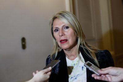 Senadora Lily Pérez impulsa diálogo por autonomía de Isla de Pascua