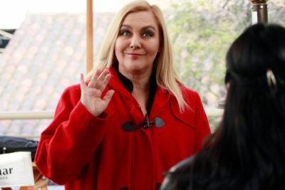Pamela Jiles acusa veto de Canal 13 por En Buen Chileno e Iván Valenzuela sale a dar la cara