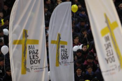 Interior y Carabineros acuerdan suspender eventos masivos en todo el país durante visita del Papa