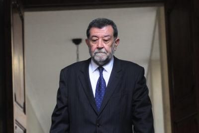 Aleuy regresa a La Moneda para reunión de urgencia tras liberación de detenidos en Operación Huracán
