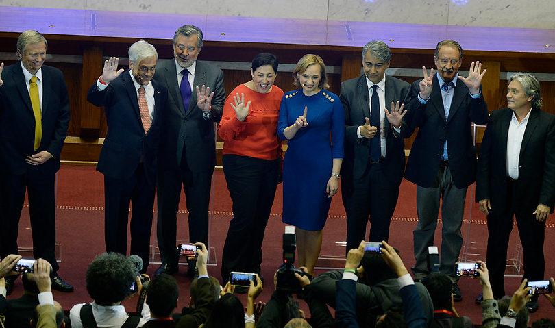 Candidaturas presidenciales en la política de los escándalos