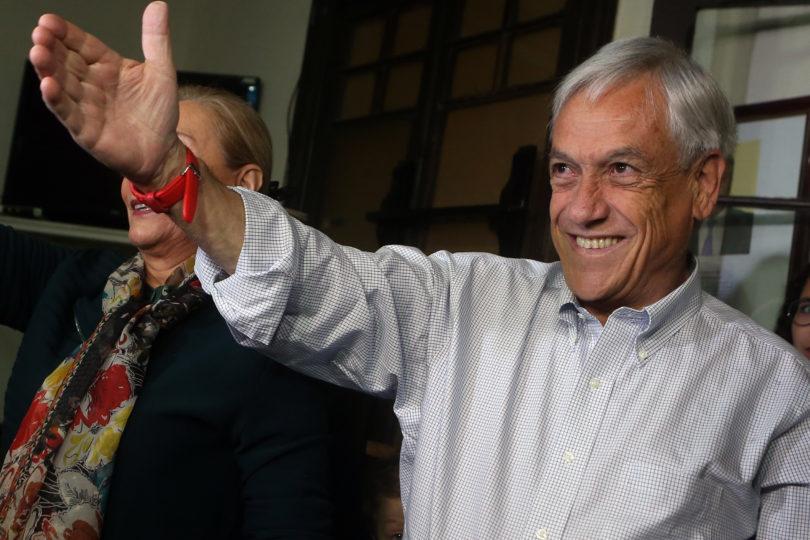 Caso SQM no golpea a Sebastián Piñera y sube en encuesta Cadem