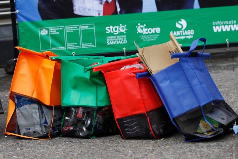 El reciclaje es una moda y la ley de reciclaje es un somnífero