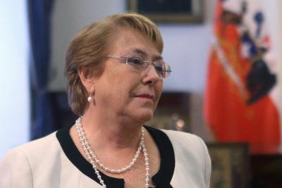 """Bachelet en BBC: """"Tal vez hemos sido muy ambiciosos para hacer reformas tan profundas en solo 4 años"""""""