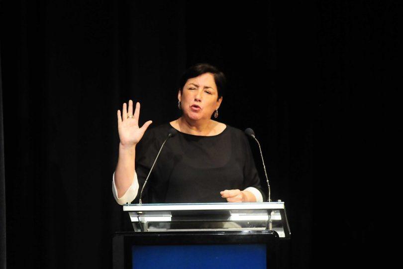 Beatriz Sánchez propuso condonar deuda estudiantil de 5,2 billones con los bancos