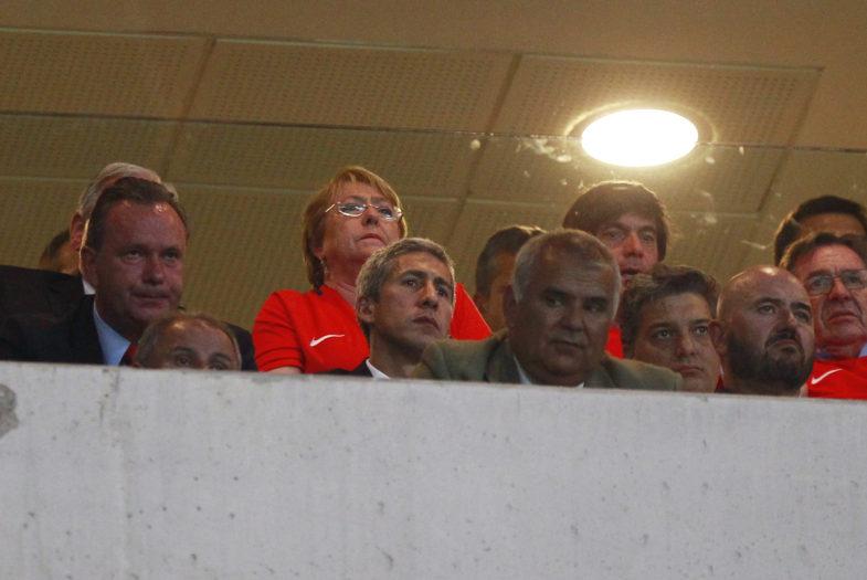Viaje de Michelle Bachelet para ver a la Roja en Brasil costó más de $30 millones