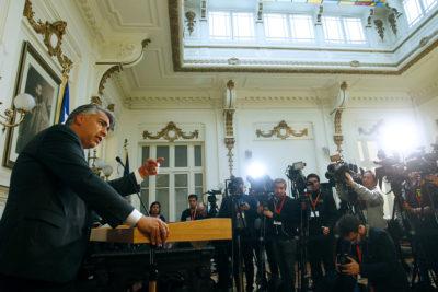 """Marco Enríquez-Ominami pide a ANFP que se sume a reclamo ante la FIFA por """"Pacto de Lima"""""""
