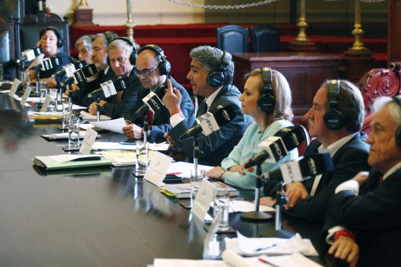"""Encuesta Nacional Bicentenario: 46% está """"insatisfecho"""" con los candidatos presidenciales"""