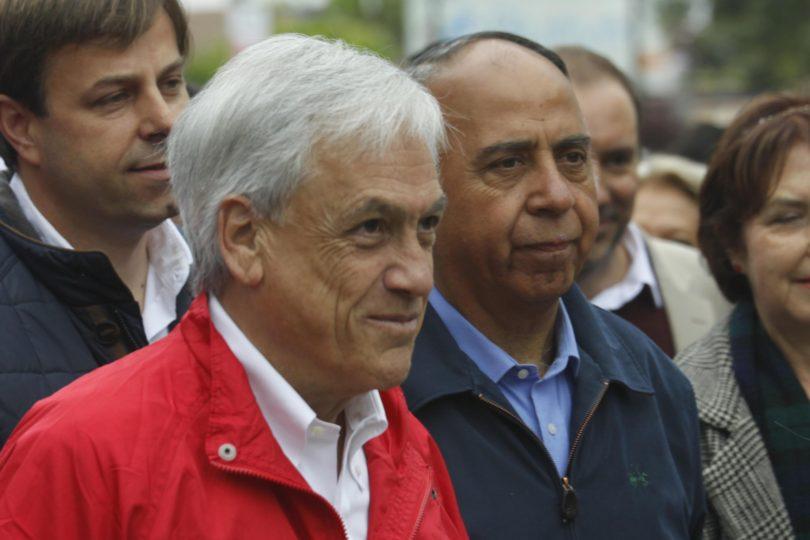 """Piñera salió a celebrar la Línea 6 del Metro que en 2009 calificó de """"ofertón político"""" y le dijeron de todo"""