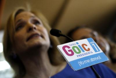 """Goic afirma que costo del programa de Piñera """"no calza"""" y lo llama a no """"vestirse con ropa ajena"""""""