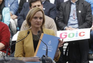 Carolina Goic renuncia a presidencia de la DC con durísimo mensaje a la disidencia