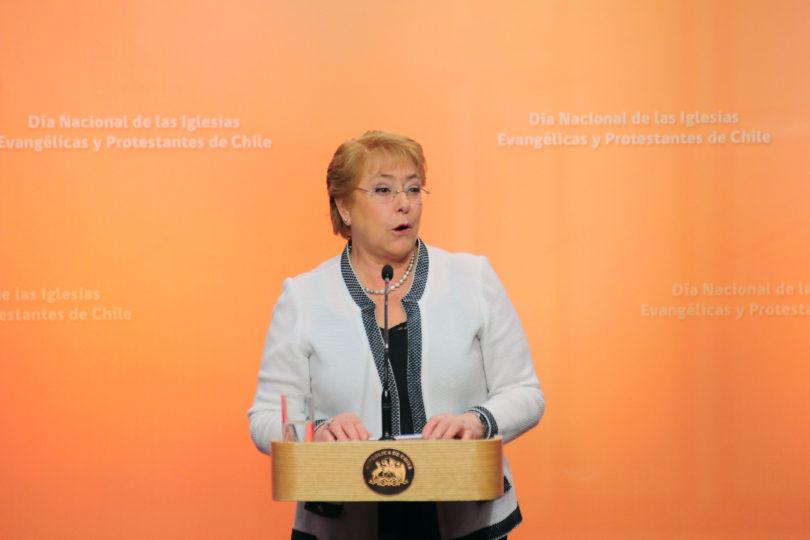 Bachelet no olvida el episodio Te Deum y envía mensaje en el Día de las Iglesias Evangélicas