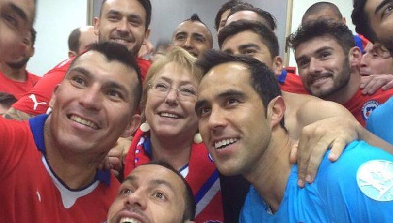 La razón de los jugadores de la Roja para invitar a Bachelet al partido con Brasil