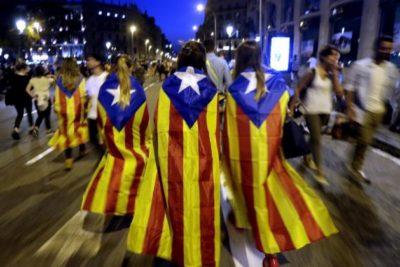Parlamento catalán aprobó declaración de independencia