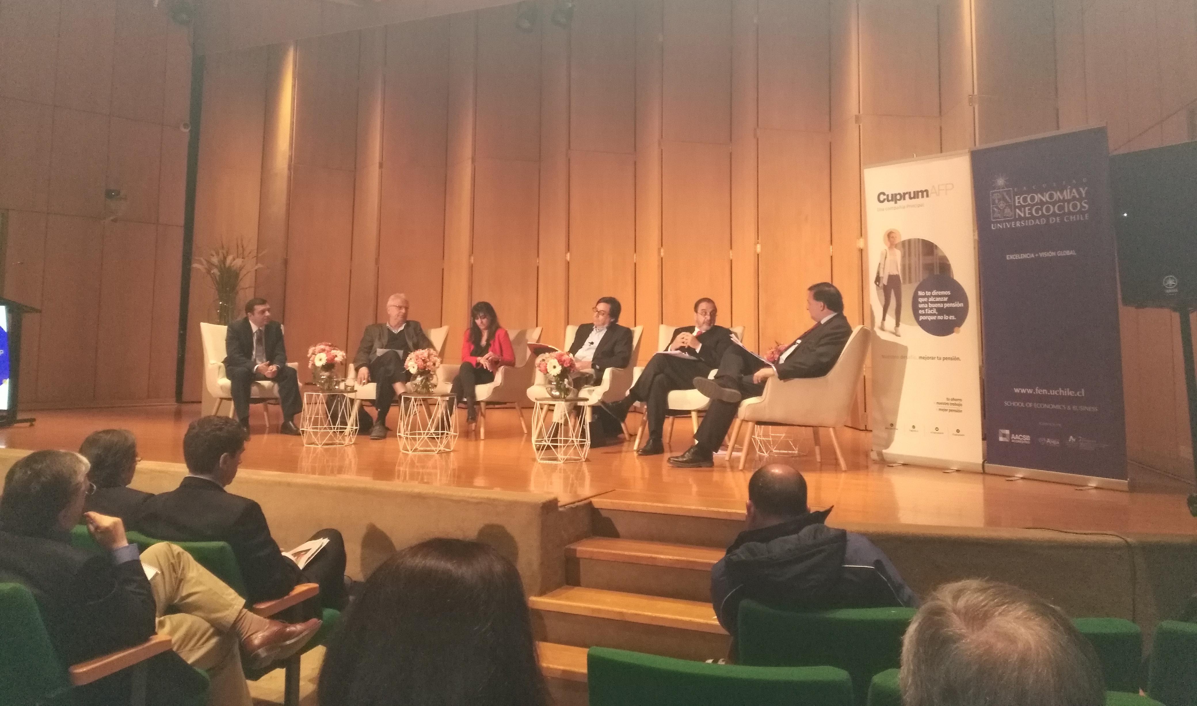 """""""Sistema de pensiones: asesores de candidatos presidenciales debaten sus propuestas"""""""