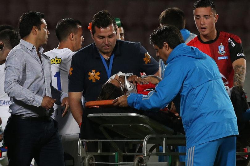 VIDEO l Paulo Magalhaes se dañó el pulmón luego de grave caída en semifinal de Copa Chile