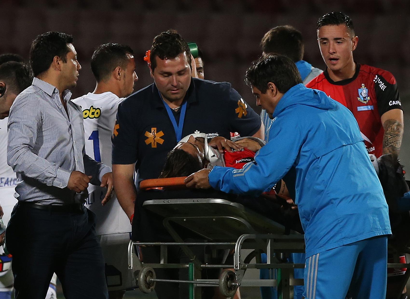 """""""VIDEO l Paulo Magalhaes se dañó el pulmón luego de grave caída en semifinal de Copa Chile"""""""