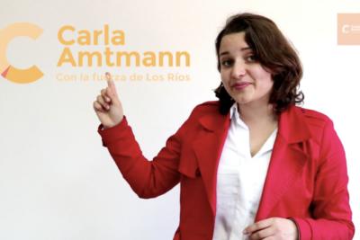 """VIDEO   """"Carla Batman"""": candidata ironiza con su apellido y lanza campaña """"sin súperpoderes"""""""