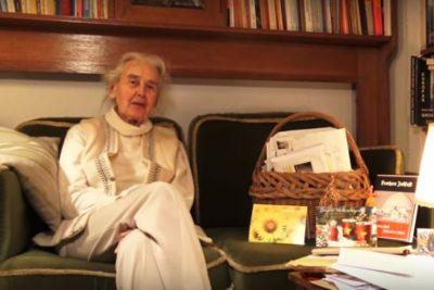 """Seis meses de prisión a octogenaria """"abuela nazi"""" que negó el Holocausto"""