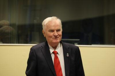 """Ratko Mladic, el """"carnicero de Bosnia"""", condenado a cadena perpetua culpable de genocidio"""