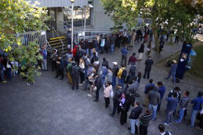 Funcionarios del Registro Civil realizan paro de advertencia: exigen mejores condiciones de atención
