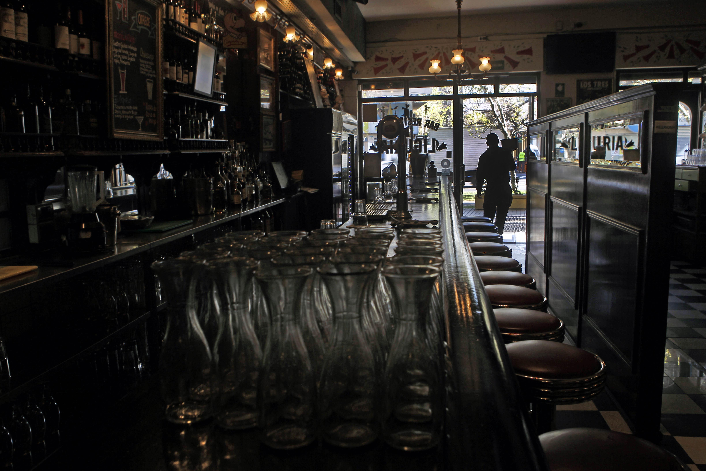 Bar Liguria responde a bullada denuncia por discriminación a homosexuales