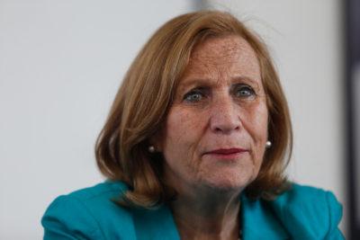 Épic fail de la ex ministra Helia Molina: cayó en el cuento del tío… Luksic
