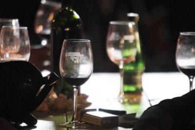 Viña argentina demanda a empresa chilena por propiedad intelectual de etiqueta de sus vinos