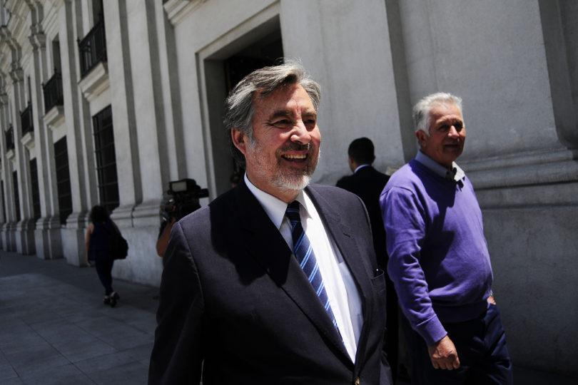 Michelle Bachelet se reunirá con Alejandro Guillier esta mañana en La Moneda