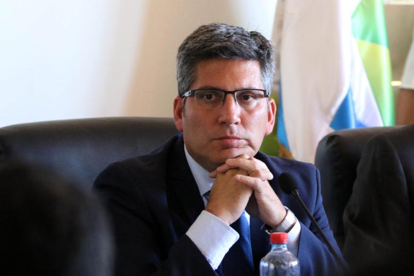 Intendente PPD admitió haber enviado audio a funcionarios haciendo llamado a votar por Alejandro Guillier