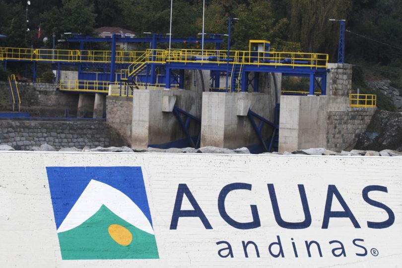 Justicia rebaja multa a Aguas Andinas por masivo corte de agua en Santiago: solo pagará $ 76 millones