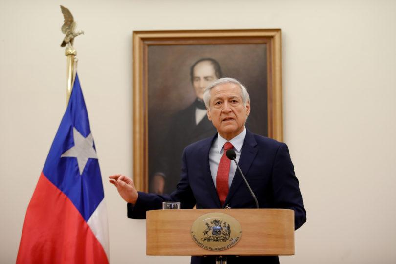 """Diputado venezolano ingresó como """"huésped"""" a residencia del Embajador de Chile"""