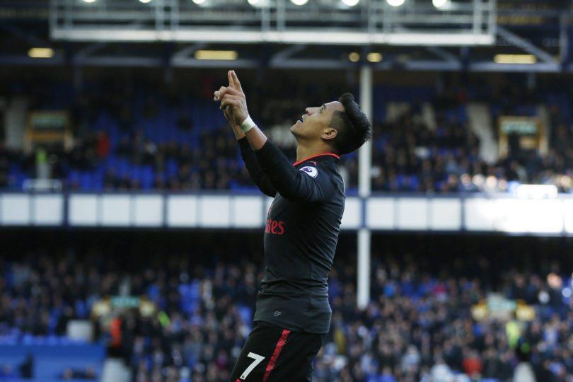 VIDEO   Alexis Sánchez le da el triunfo al Arsenal en el minuto 92 y los hinchas enloquecen