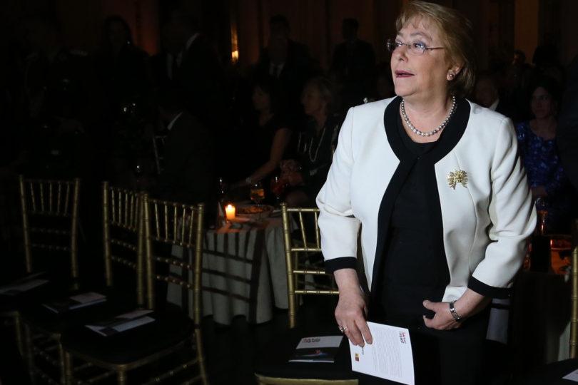 Michelle Bachelet convocó a consejo de gabinete a dos semanas de las elecciones presidenciales