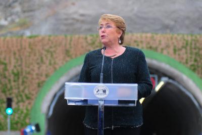 """Michelle Bachelet tras inauguración de conjuntos habitacionales: """"Esto no es un regalo. Es el Estado que responde"""""""