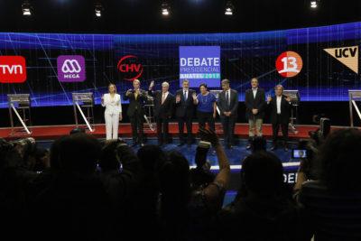 VIDEOS | Candidatos protagonizan tibio debate: pocas interpelaciones y las mismas preguntas