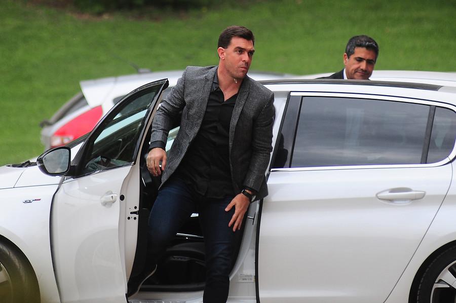 Colo Colo enfrentará a Everton sin su cuerpo técnico tras sanción a Pablo Guede