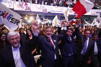 """Comando de Alejandro Guillier descarta fin de las AFP: buscarán """"avanzar hacia un sistema de seguridad social"""""""