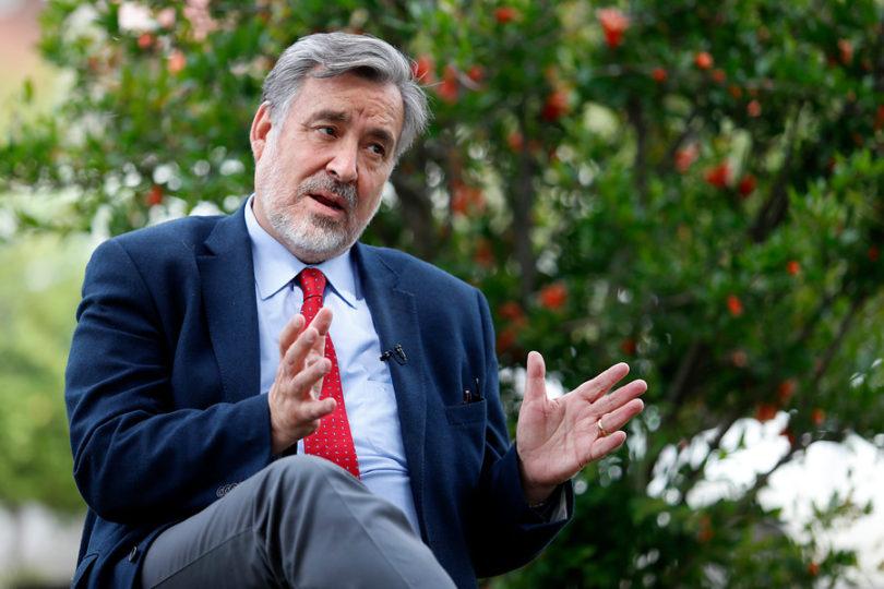 """Alejandro Guillier cuestiona 'triple discurso' de Piñera: """"Dice una cosa, se desmiente"""""""