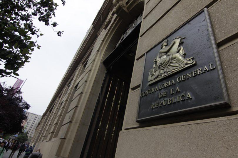 """Contraloría frena """"decreto espía"""" impulsado por el gobierno"""
