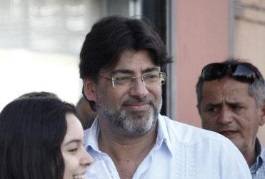 Daniel Jadue evoca a Lagos y Alvear en su cruzada contra el intervencionismo en Venezuela