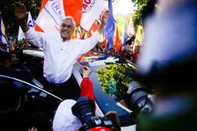 """El análisis de Bloomberg a solo días de la elección presidencial: """"Empresarios esperan al 'rey Midas' Piñera"""""""