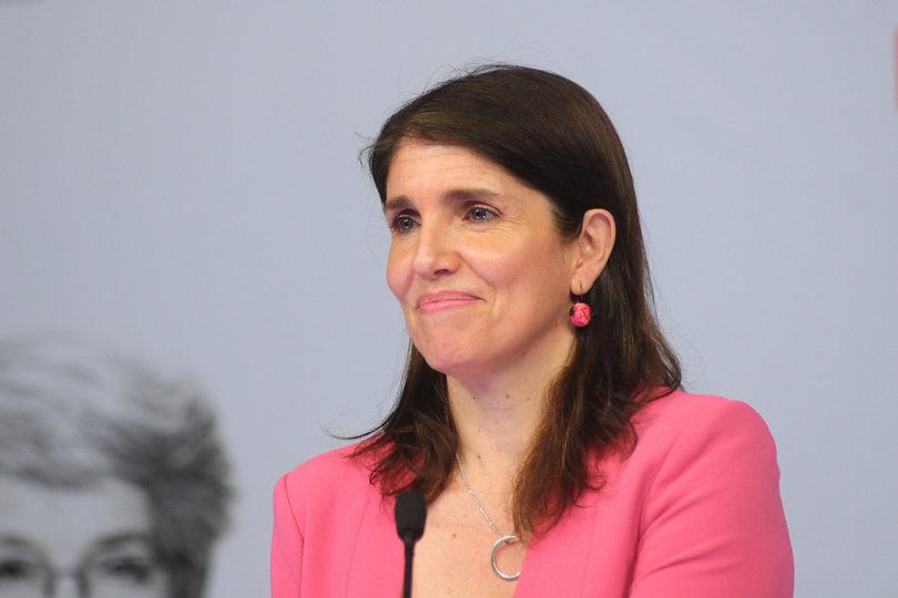 """Ministra Narváez rechaza acusaciones de intervencionismo: """"Lo que nos interesa es facilitarles a las personas el ir a votar"""""""