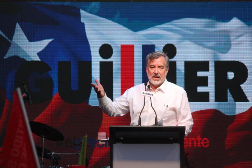 """Guillier acusa a Piñera de copión: """"Hay como 4 medidas de mis propuestas de gobierno que ya las tomó"""""""
