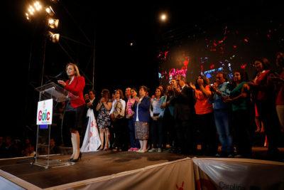 """Carolina Goic cerró su campaña con críticas a Piñera y Guillier por """"dividir al país"""""""